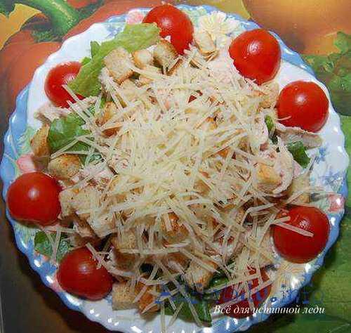 салат со шпинатом: с помидорами, с яйцом, с лимонным соком и оливковым маслом